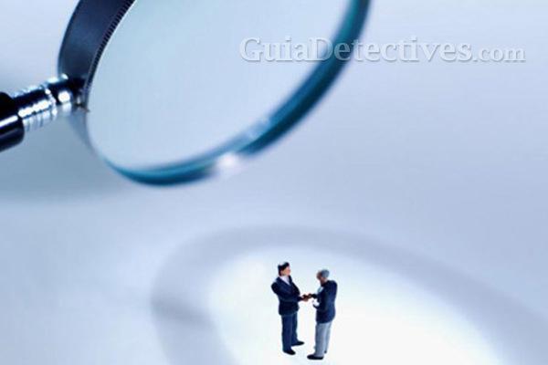 Las grandes empresas contratan detectives para revisar sus salas de reuniones
